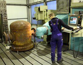 CNC-Fräsbearbeitung eines Schwimmkopfs