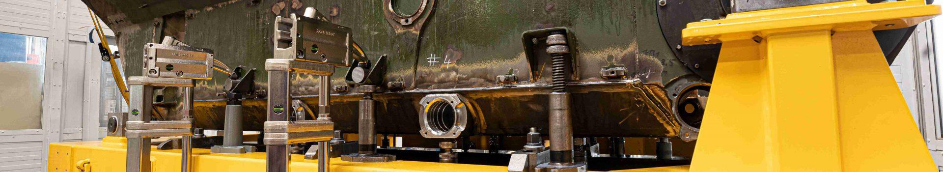 "CNC-Bohrwerksbearbeitung des Kettenfahrzeugs ""Wiesel 1"""