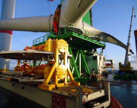 Turmtraverse 5 MW mit Cover