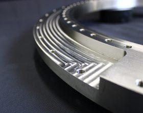 detail flange vacuum slewing ring