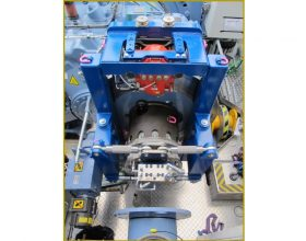 hydraulical rotary drive system for drive train 6 MW offshore (single blade installation)