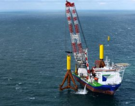 offshore installation platform with tripod lifting tool 950 t